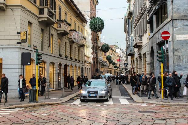 milano_via_monte_napoleone_caddesi