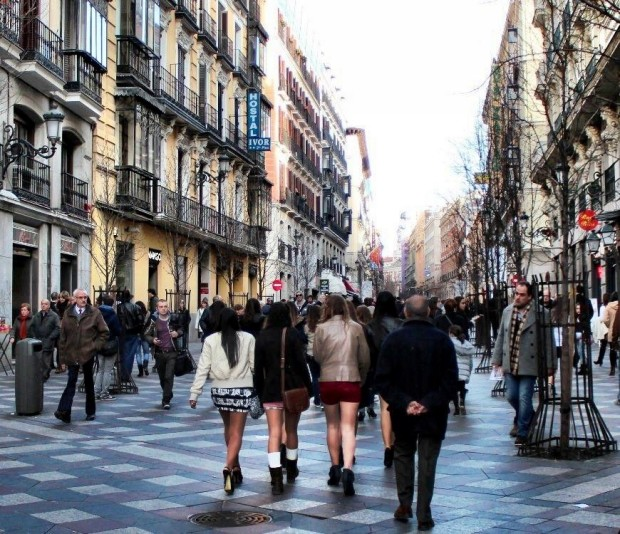 madrid_calle_del_arenal_caddesi