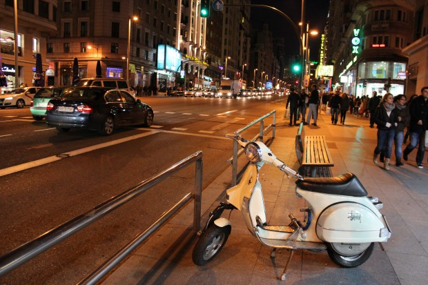 madrid_gran_via_gece