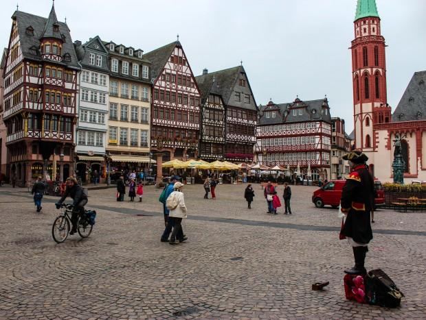 Frankfurt_Romerberg_Meydani
