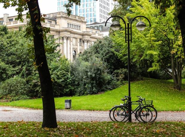 Frankfurt_Taunusanglage_park