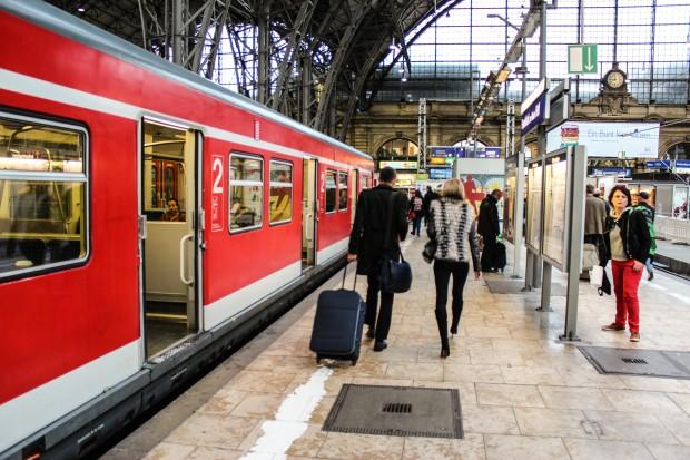Frankfurt_Tren_Gari