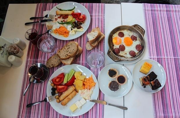 garipce_asmaalti_kahvalti