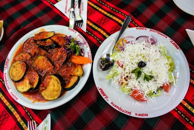 plovdiv_filibe_dayana_restaurant_patlican_sopska