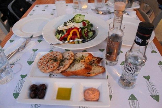 kos-barbouni-restoran