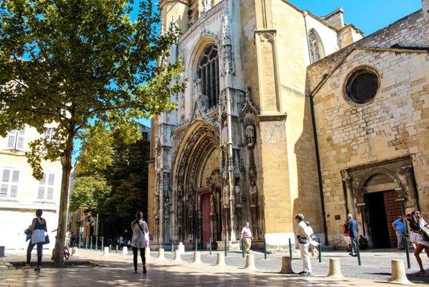 aix-en-provence-aix-katedrali-dis
