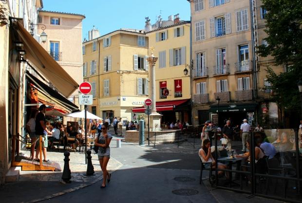 aix-en-provence-place des-augustins