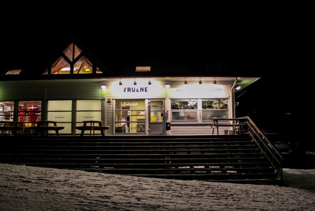 svalbard-fruene-cafe