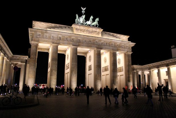 berlin-brandenburg-kapisi