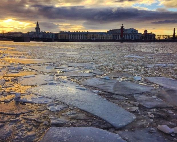 St. Petersburg Neva Nehri