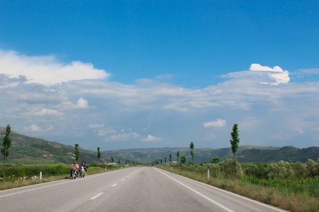 arnavutluk yolları